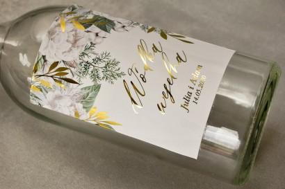 Etykiety samoprzylepne na butelki weselne na alkohol ze złotymi gałązkami w białej, zimowej kolorystyce