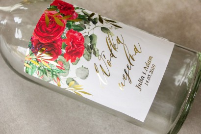Etykiety samoprzylepne na butelki weselne na alkohol ze złotymi gałązkami i bordowymi różami