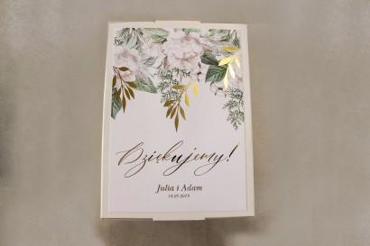 Ślubne pudełko na koperty - Front pudełka ze złotymi gałązkami w białej, zimowej kolorystyce