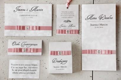 Zaproszenie ślubne z dodatkami - Amaretto nr 5 - Papier perłowy z różową kokardką i cyrkonią