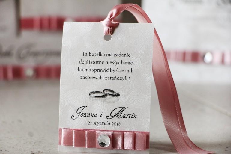 Zawieszka na butelkę, wódka weselna, ślub - Amaretto nr 5 - Pastelowy róż, delikatne eleganckie dodatki, z cyrkonią