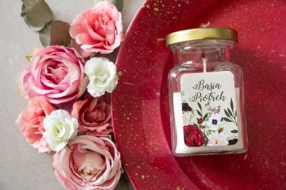 Świeczki - Podziękowania dla gości. Etykieta z nadrukiem pastelowych dalii i białych anemonów