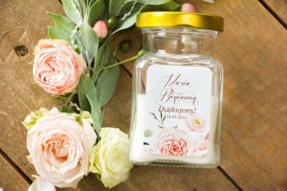 Świeczki - nowe podziękowania i upominki dla gości weselnych, ślubnych z kompozycją delikatnego, różowego bukietu