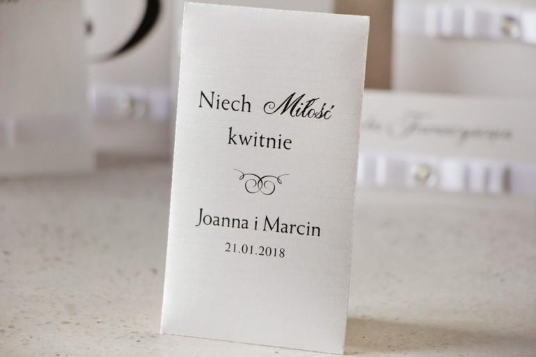 Podziękowania dla Gości weselnych - nasiona Niezapominajki - Perłowe Amaretto, o fakturze lnu, eleganckie