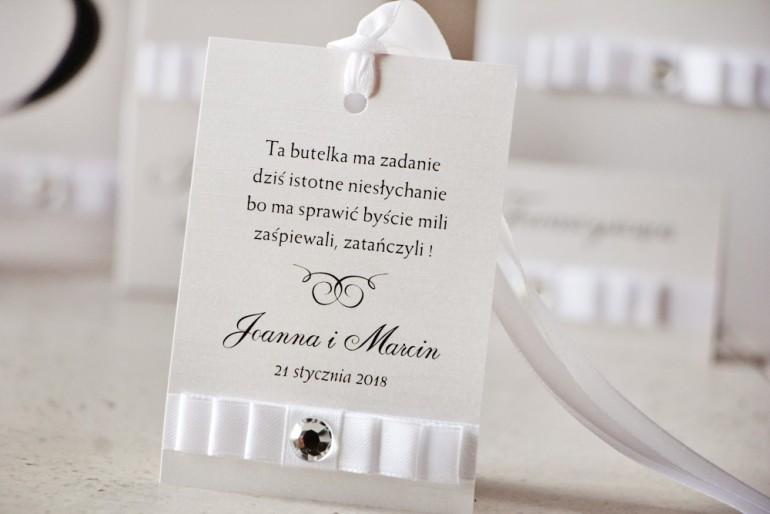 Zawieszka na butelkę, wódka weselna, ślub - Amaretto nr 9 - Klasyczna biel