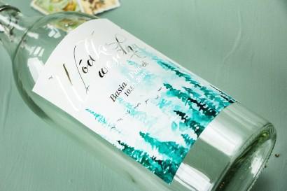 Etykiety samoprzylepne na butelki weselne, ślubne w stylu Glamour ze srebrzeniami oraz z akwarelowym motywem