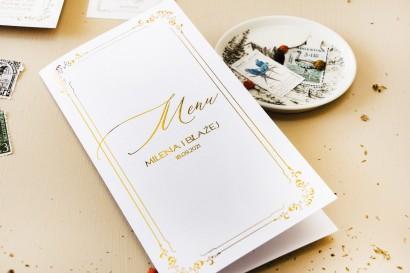 Minimalistyczne Menu ślubne w białym kolorze ze złoceniami