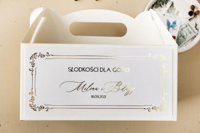 Czarne Pudełko na Ciasto weselne (prostokątne) w białym kolorze ze złoceniami