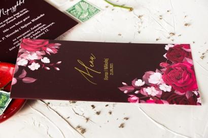 Burgundowe Menu ślubne ze złoceniami i kwiatowym motywem.