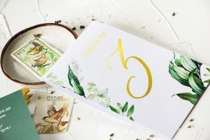 Botaniczne Numery Stolików weselnych w stylu vintage z roślinną grafiką i złoceniem