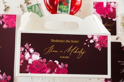 Burgundowe pudełko na ciasto weselne (prostokątne) ze złoceniami i kwiatowym motywem