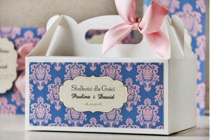 Prostokątne pudełko na ciasto, tort weselny, ślub - Ornament nr 10 - Pudrowy róż i chabrowy