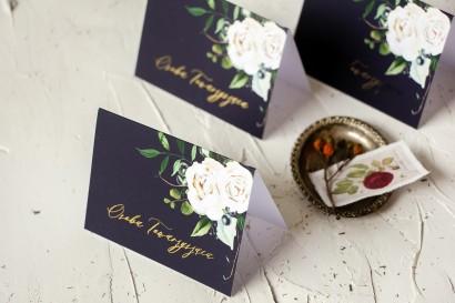Kwiatowe Winietki Ślubne ze złoceniami, w kolorze granatowym oraz z białymi kwiatami