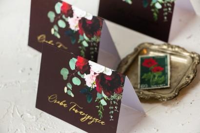 Burgundowe, kwiatowe Winietki Ślubne ze złoceniami, z czerwonymi różami i piwoniami