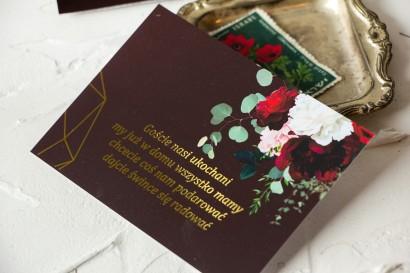 Burgundowy Bilecik do zaproszeń ślubnych ze złoceniami, z czerwonymi różami i piwoniami