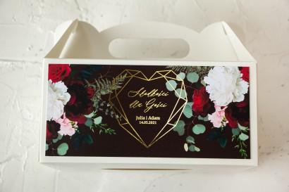 Burgundowe Ślubne Pudełko na Ciasto - prostokątne - ze złoceniami, z czerwonymi różami i piwoniami
