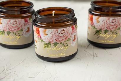 Naturalne Świeczki sojowe - podziękowania dla gości weselnych. Kremowa, złocona etykieta z bukietem pastelowych kwiatów