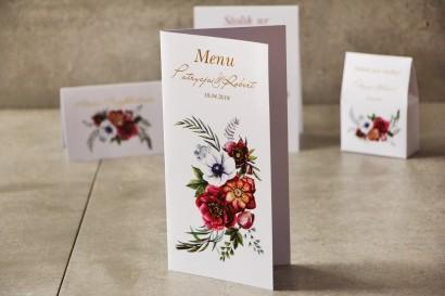 Menu weselne, stół weselny - Cykade nr 7 ze złoceniem - Bordowe kwiaty w chłodnych barwach