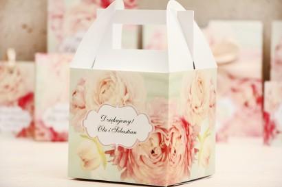 Pudełko na ciasto kwadratowe, tort weselny - Felicja nr 2 - Pudrowe piwonie - kwiatowe dodatki ślubne