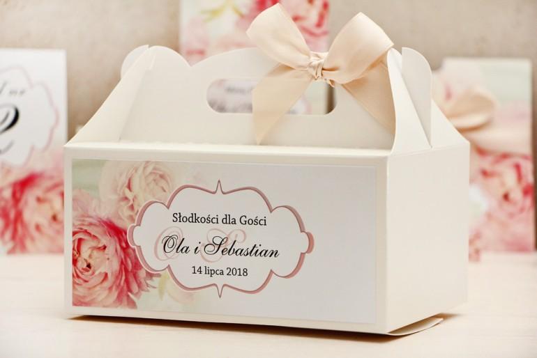 Prostokątne pudełko na ciasto, tort weselny, ślub - Felicja nr 2 - Pudrowe piwonie - kwiatowe dodatki ślubne