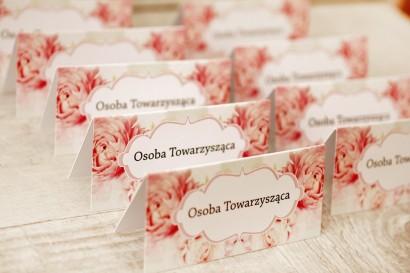 Winietki na stół weselny, ślub - Felicja nr 2 - Pudrowe piwonie - kwiatowe dodatki ślubne