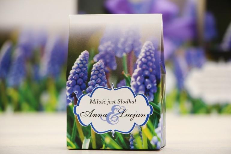 Pudełeczko stojące na cukierki, podziękowania dla Gości weselnych - Felicja nr 4 - Szafirki - dodatki ślubne