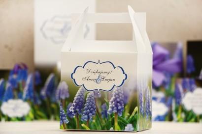 Pudełko na ciasto kwadratowe, tort weselny - Felicja nr 4 - Wiosenne szafirki - kwiatowe dodatki ślubne
