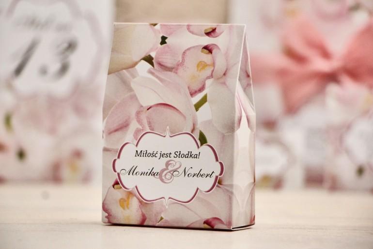Pudełeczko stojące na cukierki, podziękowania dla Gości weselnych - Felicja nr 6 - różowe orchidee - dodatki ślubne