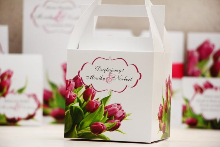 Pudełko na ciasto kwadratowe, tort weselny - Felicja nr 7 - Wiosenne różowe tulipany - kwiatowe dodatki ślubne
