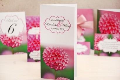 Menu weselne, stół weselny - Felicja nr 9 - Różowe dalie - kwiatowe dodatki ślubne