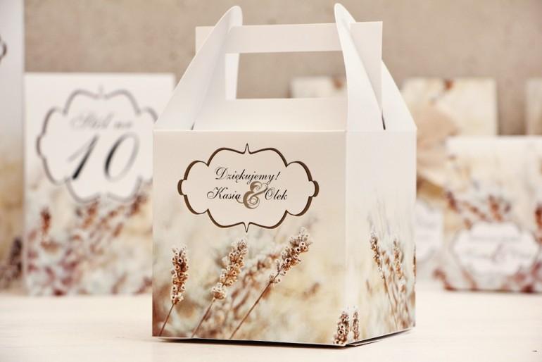 Pudełko na ciasto kwadratowe, tort weselny - Felicja nr 10 - Pona trawa - kwiatowe dodatki ślubne