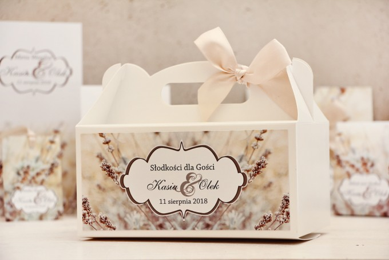 Prostokątne pudełko na ciasto, tort weselny, ślub - Felicja nr 10 - Polna trawa - kwiatowe dodatki ślubne