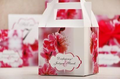 Pudełko na ciasto kwadratowe, tort weselny - Felicja nr 12 - Kwiaty wiśni - kwiatowe dodatki ślubne