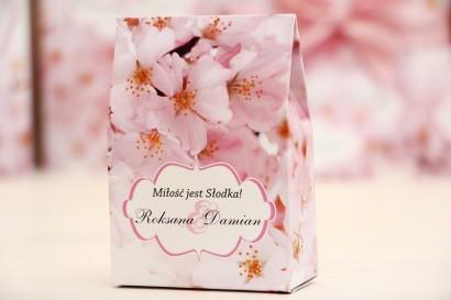 Pudełeczko stojące na cukierki, podziękowania dla Gości weselnych - Felicja nr 13 - Kwiaty wiśni - dodatki ślube