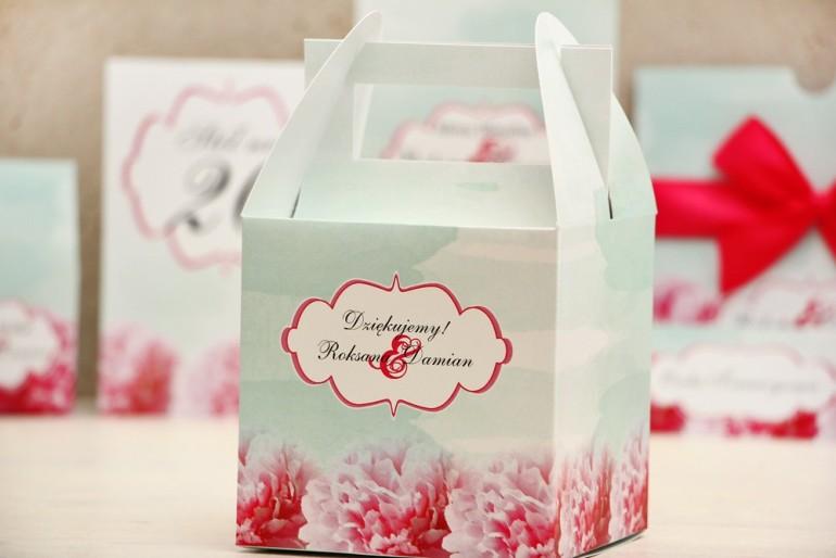 Pudełko na ciasto kwadratowe, tort weselny - Felicja nr 14 - Amarantowe - kwiatowe dodatki ślubne