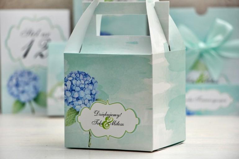 Pudełko na ciasto kwadratowe, tort weselny - Felicja nr 16 - Błękitne hortensje - kwiatowe dodatki ślubne