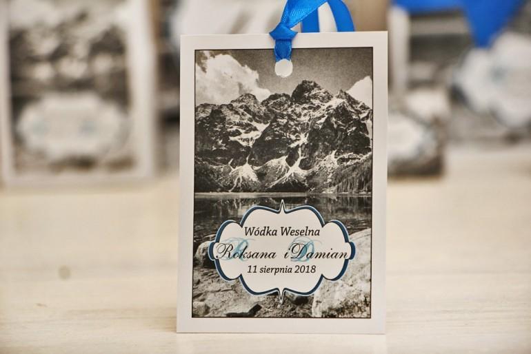 Zawieszka na butelkę, wódka weselna, ślub - Felicja nr 21 - Górski krajobraz - dodatki ślubne