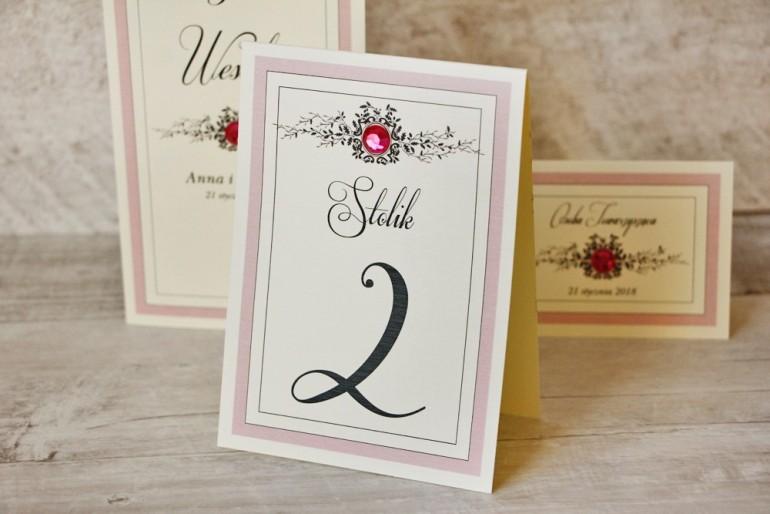 Numery stolików, stół weselny, ślub - Z Koronką nr 1 - pudrowy róż, z cyrkonią, eleganckie dodatki ślubne