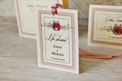 Zawieszka na butelkę, wódka weselna, ślub  Z Koronką nr 1 - pudrowy róż - dodatki ślubne z cyrkonią