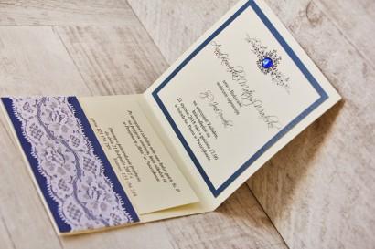 Zaproszenie ślubne, zaproszenia na ślub eleganckie z cyrkoniami - Z Koronką nr 2 - Chabrowo-kremowe - wnętrze zaproszenia