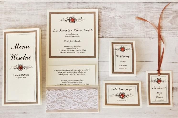 Zaproszenie ślubne z dodatkami - Z Koronką nr 4 - Brązowo-kremowe - Eleganckie z cyrkoniami i koronką