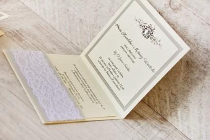 Zaproszenie ślubne, zaproszenia na ślub eleganckie z cyrkoniami - Z Koronką nr 7 - Szaro-kremowe - wnętrze zaproszenia