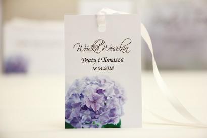 Zawieszka na butelkę, wódka weselna, ślub - Elegant nr 2 - Hortensja - kwiatowe dodatki ślubne