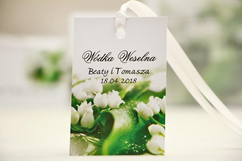 Zawieszka na butelkę, wódka weselna, ślub - Elegant nr 3 - białe konwalie - kwiatowe dodatki ślubne