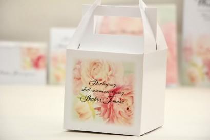 Pudełko na ciasto kwadratowe, tort weselny - Elegant nr 4 - Pudrowe piwonie - kwiatowe dodatki ślubne