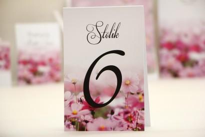 Numery stolików, stół weselny, ślub - Elegant nr 5 - Fioletowe kwiaty - Kwiatowe dodatki ślubne