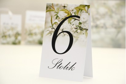Numery stolików, stół weselny, ślub - Elegant nr 6 - Białe kwiaty - dodatki ślubne kwiatowe