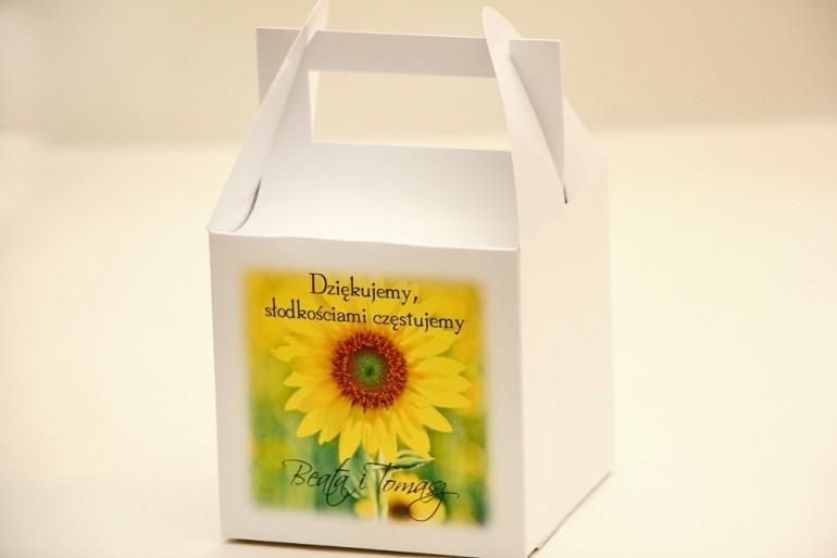 Pudełko na ciasto kwadratowe, tort weselny - Elegant nr 8 - Letnie słoneczniki - kwiatowe dodatki ślubne