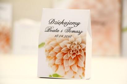 Pudełeczko stojące na cukierki, podziękowania dla Gości weselnych - Elegant nr 9 - Łososiowe dalie - Kwiatowe dodatki ślubne