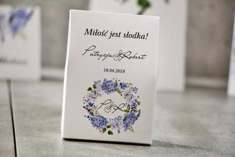 Pudełeczko stojące na cukierki, podziękowania dla Gości weselnych - Pistacjowe nr 1 -  Błękitne hortensje